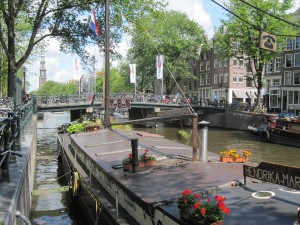 There are more than 2000 boat-houses in Amsterdam